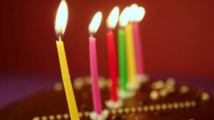 Doğum gününde sarılan öğretmenlere ceza