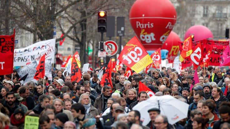 Fransa grevinde 'diyalog' başladı