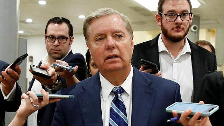 ABD'li senatörler S-400 için yaptırım istedi