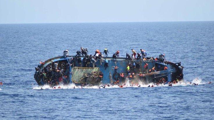 Tekne battı, 57 göçmen hayatını kaybetti