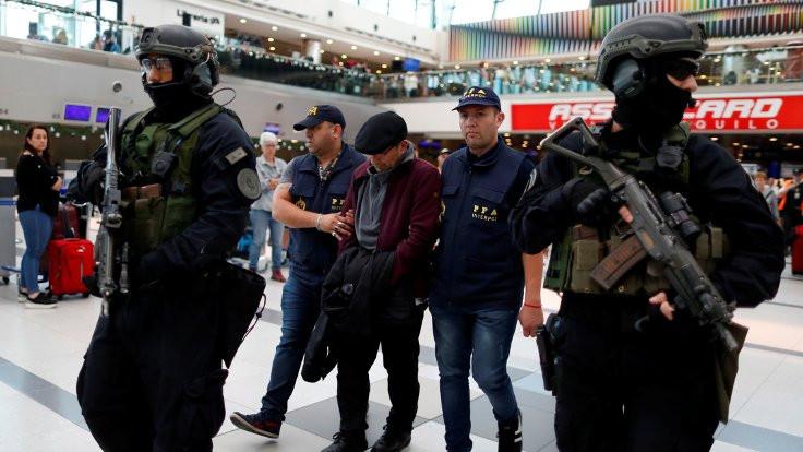 İşkenceci Mario Sandoval, Arjantin'e iade edildi