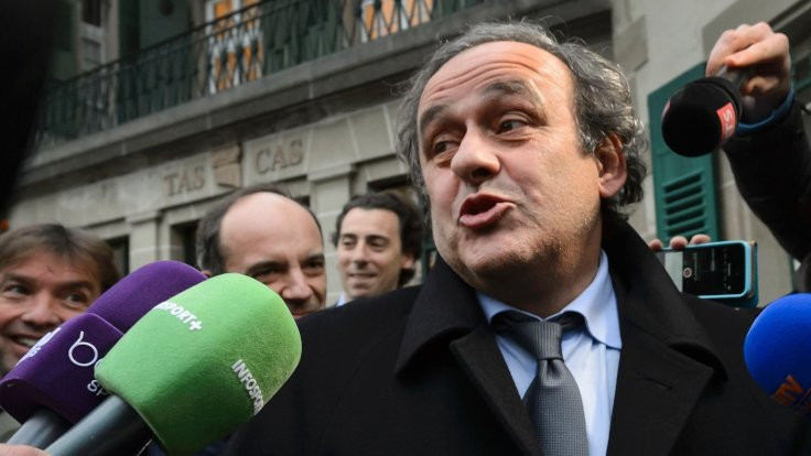 FIFA, Platini'ye verilen 2 milyon İsviçre Frangı'nın iadesini istedi