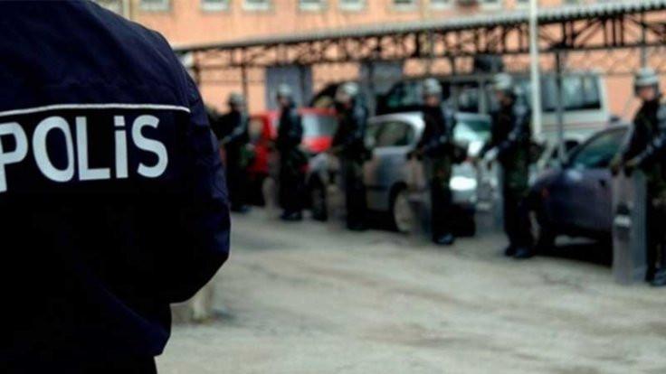 Edirne'de üç polis rüşvetten tutuklandı