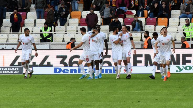Lider Sivasspor deplasmanda kazandı