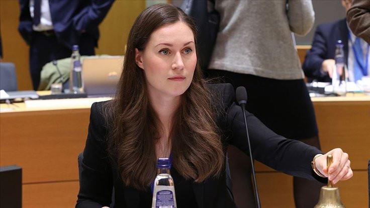 Estonyalı bakanın 'kasiyer kız' çıkışına tepki