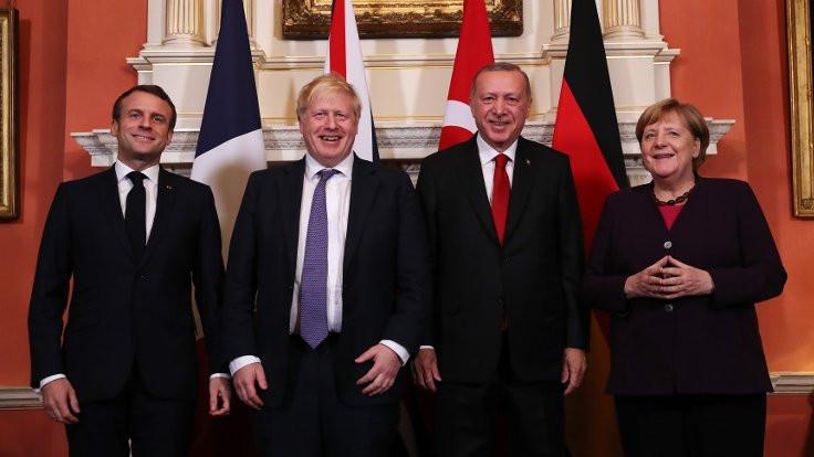 Londra'da dörtlü Suriye zirvesi kısa sürdü