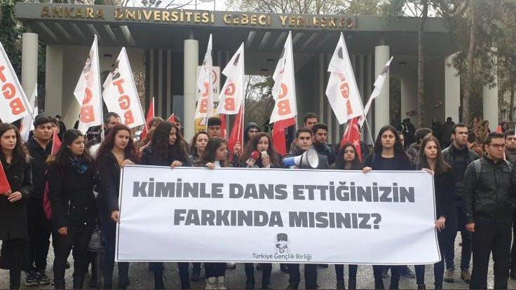 'Las Tesis' karşıtı eylemi protesto eden kadınlar gözaltına alındı