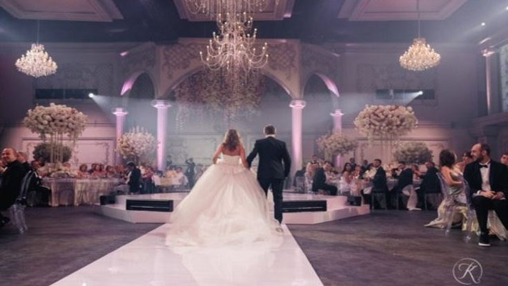 Siber suçludan görkemli düğün