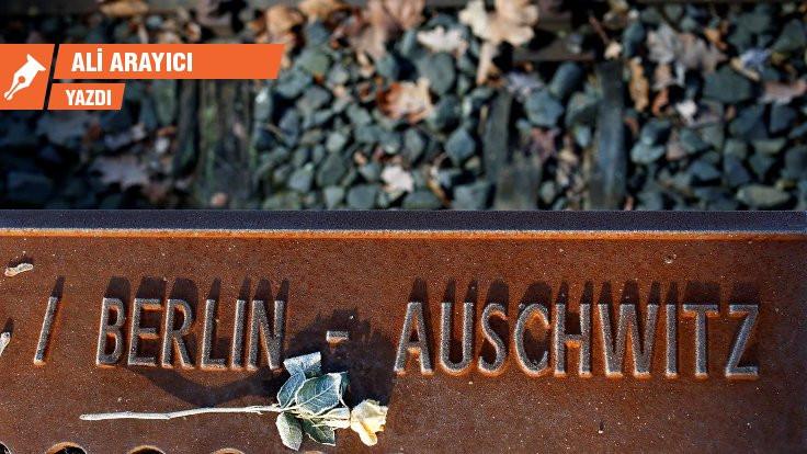 Auschwitz-Birkenau Kampı'nın 75'inci yıl dönümü