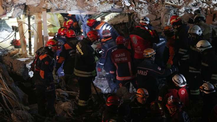 Depremde can kaybı 41'e yükseldi