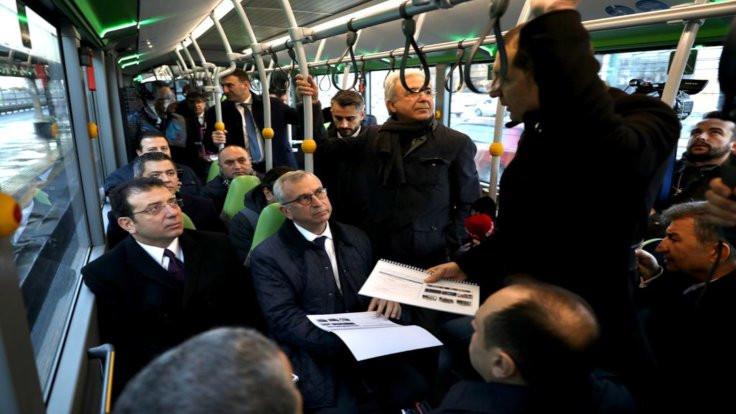 İmamoğlu metrobüste konuştu: Çözüm metroda