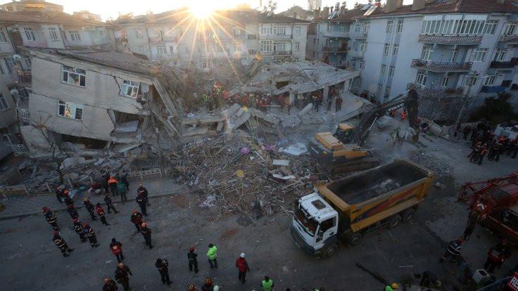 Beşiktaş Belediyesi'nden Elazığ ve Malatya için dayanışma çağrısı