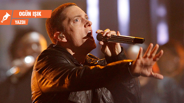 Ne reklam ne de duyuru: Eminem silah istemiyor!