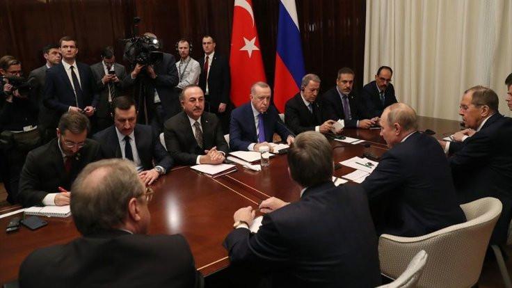Erdoğan Berlin'de Putin'le görüştü