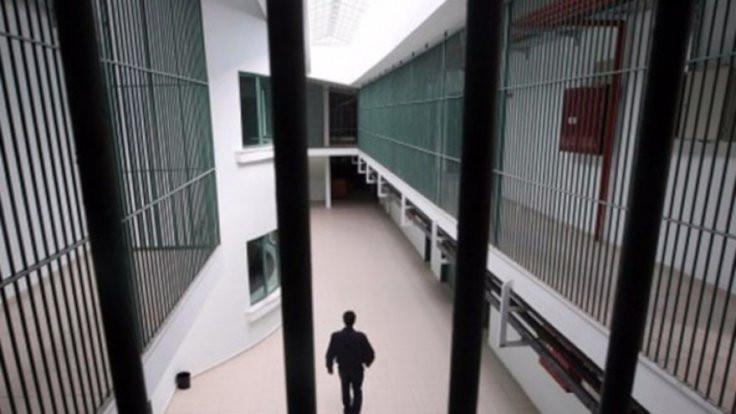 Cezaevinden falaka savunması: Yeni açıldık