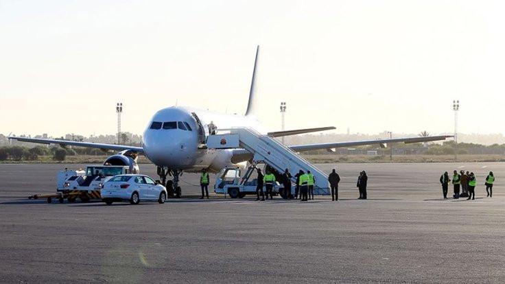 Trablus havalimanı Hafter'in roket atışı nedeniyle kapatıldı
