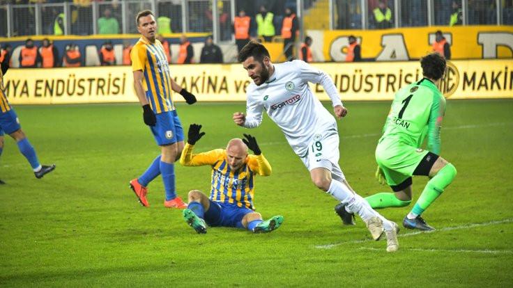 Ligin açılış maçında kazanan Konyaspor