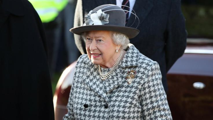 Kraliçe Elizabeth, Brexit yasasını onayladı