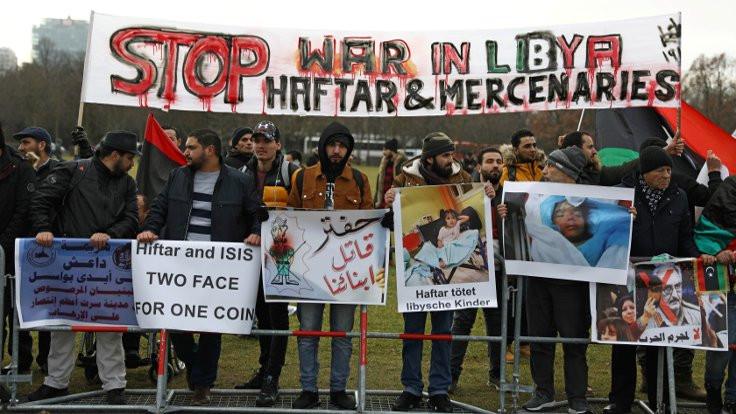 Libya konferansı protestolarla başlıyor