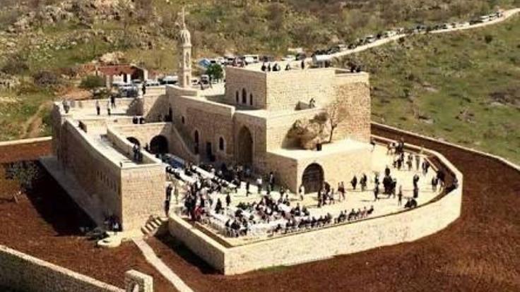 Süryani rahip Sefer Bileçen gözaltına alındı
