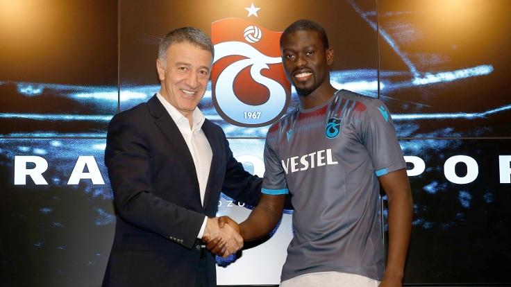 Trabzonspor Ndiaye'yle sözleşme imzaladı