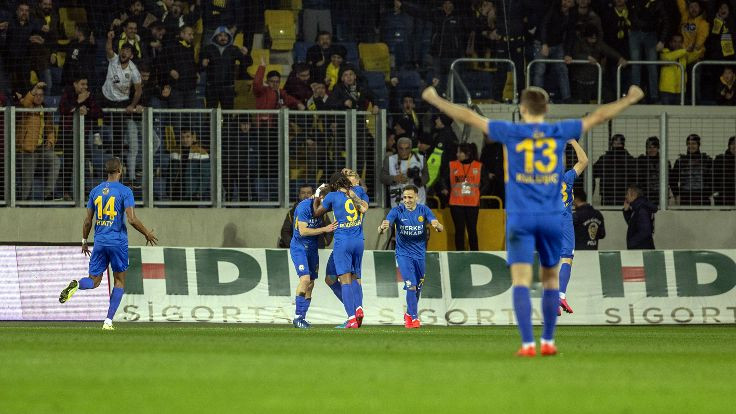 Fenerbahçe başkentte mağlup oldu