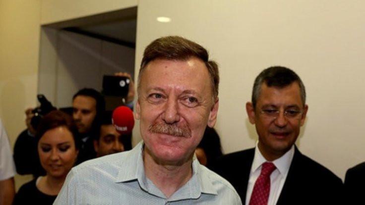 CHP'de genel başkanlık için ilk aday Aytuğ Atıcı