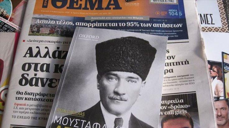 Yunan gazetesi Atatürk kitapçığı dağıttı