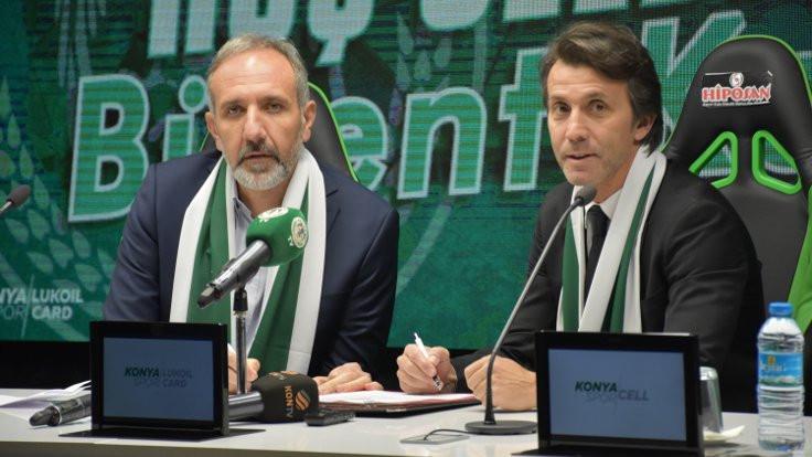 Konyaspor, Bülent Korkmaz'la 1,5 yıllık sözleşme imzaladı