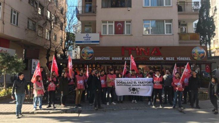 Sol Parti, Ensar Vakfı önünde eylem yaptı
