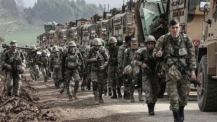 'Askerler evine dönsün' metni imzaya açıldı
