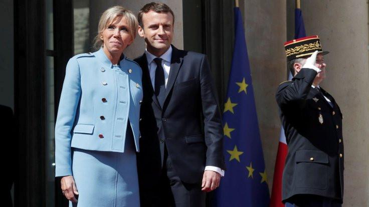 Fransa'da first ladyler kavgası!