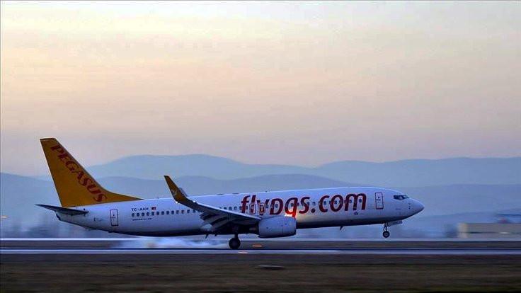 Düsseldorf havaalanına inen Pegasus uçağında yangın çıktı