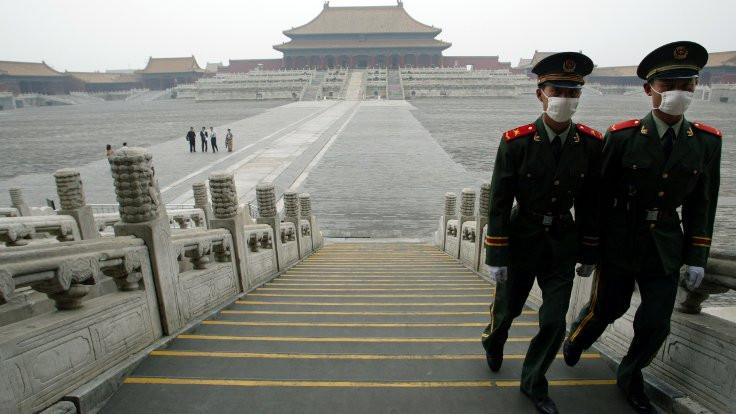 'Hasta adam' manşeti Çin'i öfkelendirdi