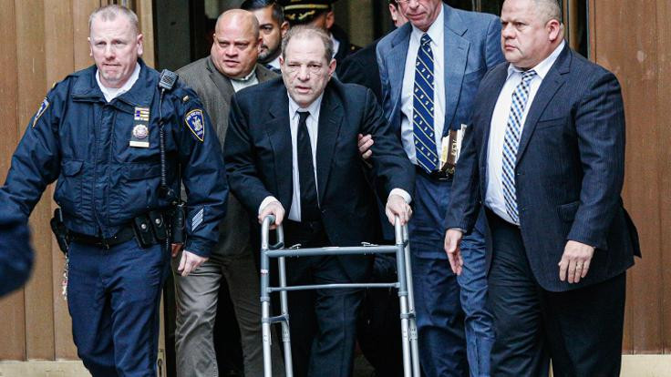 Harvey Weinstein tecavüzden suçlu bulundu