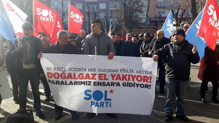 Uşak'ta Ensar Vakfı protestosu: Ortaya çıkan buz dağının görünen yüzü
