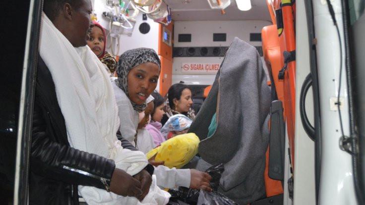 Didim'de mülteci botu battı