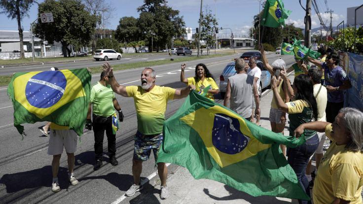 Bolsonaro'ya korona sansürü