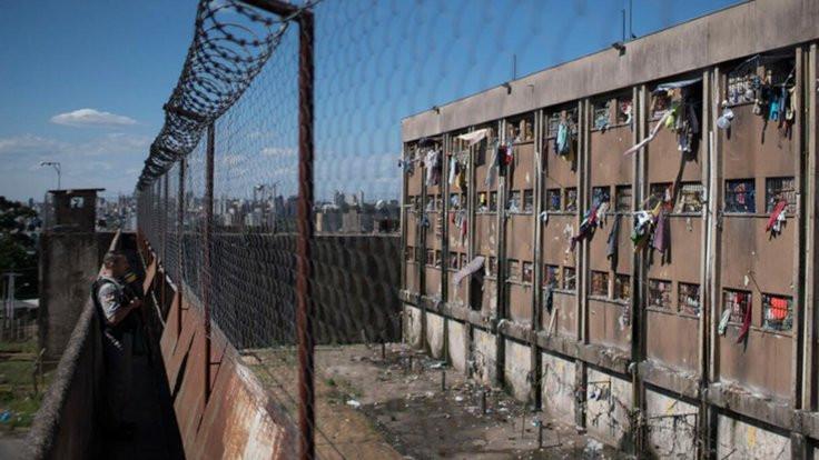 Brezilya'da cezaevlerinde korona isyanları: 1350 mahkum firar etti