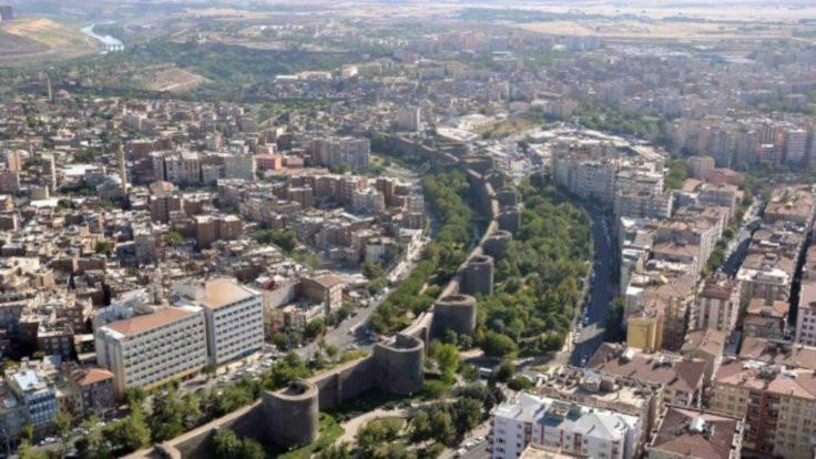 Diyarbakırlı gençler yurt dışında yaşamak istiyor