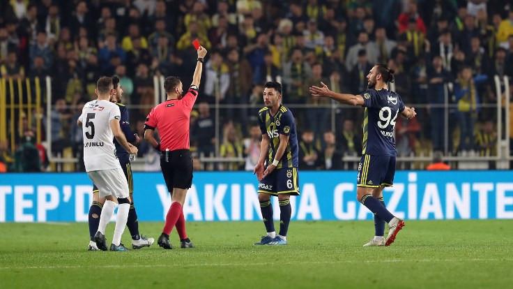 Kadıköy'de 4 gol, 1 kırmızı kart
