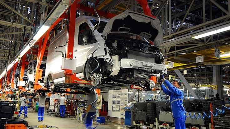 Ford salgın nedeniyle üretime ara veriyor