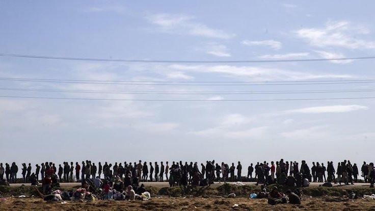 Soylu: 135 bin göçmen Yunanistan'a geçti