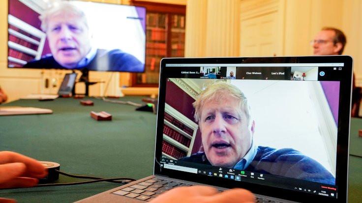 Virüs İngiliz hükümetinde yayılıyor: Boris Johnson'ın danışmanı da karantinada