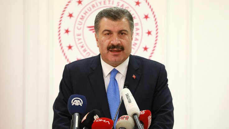 Türkiye'deki ilk korona virüsü vakasını Bakan Koca açıkladı