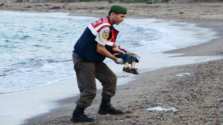 Alan Kurdi'yi ölüme gönderen 3 kişi yakalandı