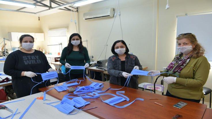 Çiğli Belediyesi'nde örnek maske projesi