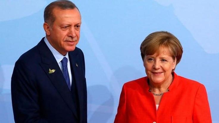 Erdoğan ve Merkel İdlib'i konuştu