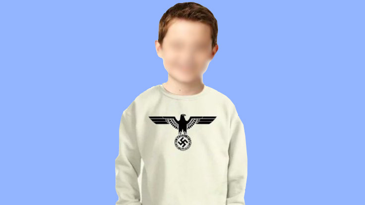 'Adolf Hitler Nazi' tişörtü satıştan çekildi