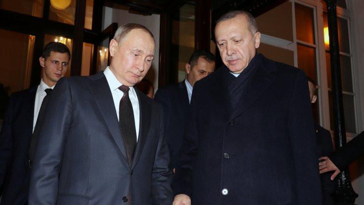 FT: Erdoğan, Kremlin'in oyununa geldi
